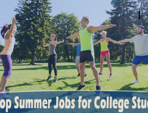 42 Best Summer Jobs for College Students